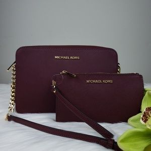 🌺Michael Kors crossbody bag and Wallet set merlot